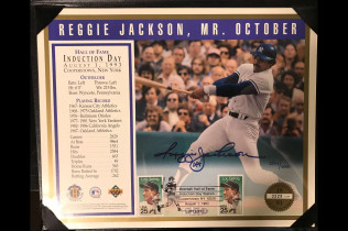 REGGIE JACKSON AUTOGRAPHED HALL OF FAME INDUCTION POSTCARD 8X10-$70